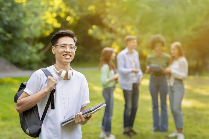 Best 25 Fully Funded Scholarships in USA for International students